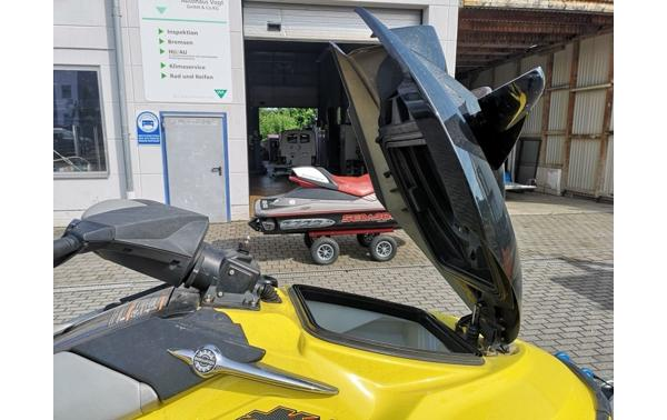 22 2-Seater Jet-Skis For Sale - Boats24 com